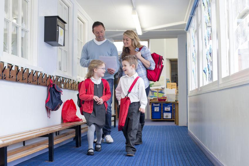 קוד לבוש להורים, קוד לבוש לבתי ספר
