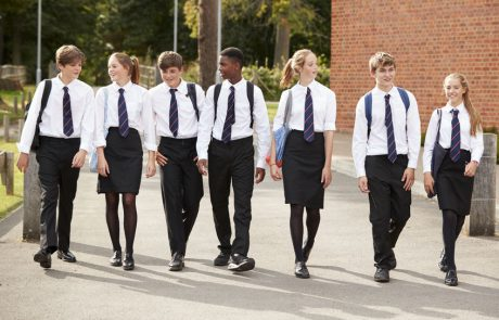 קוד הלבוש ומחאת המכנסונים